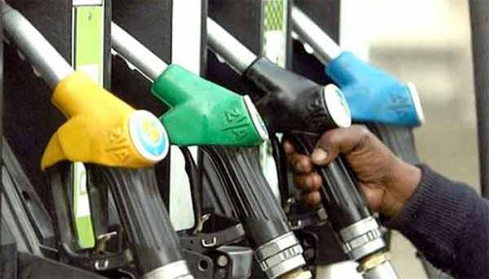 दिल्ली में पेट्रोल 75 रुपये प्रति लीटर