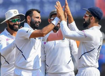 भारत ने बांग्लादेश को पारी और 130 रन से रौंदा