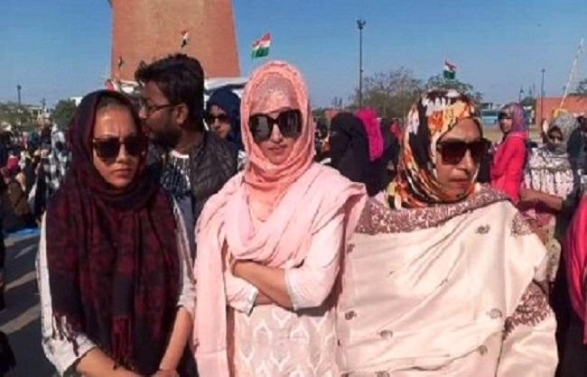 घंटाघर पर 'CAA' विरोधी प्रदर्शन