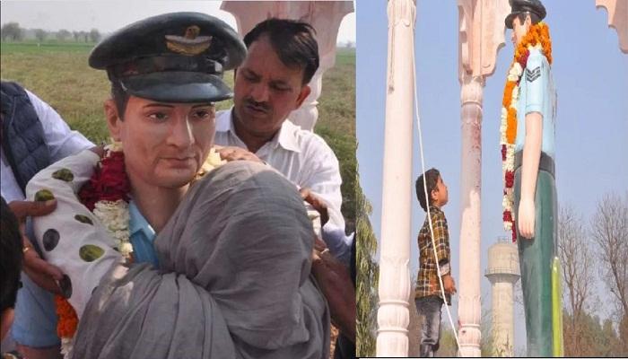 शहीद बेटे की प्रतिमा देख फफक पड़ी मां