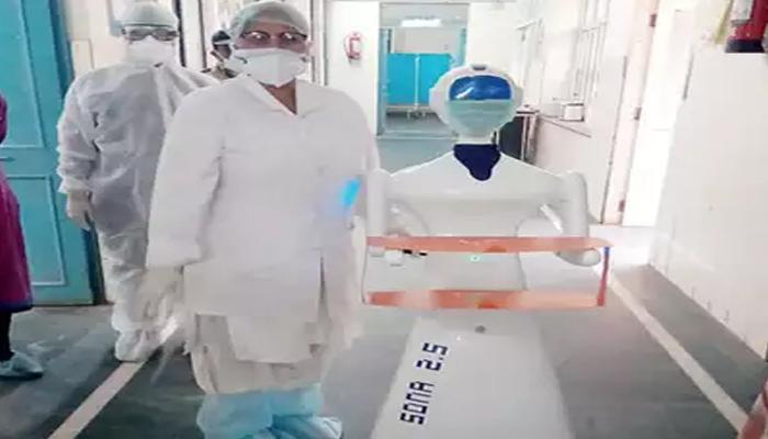 रोबोट देगा कोरोना मरीजों को दवा भोजन
