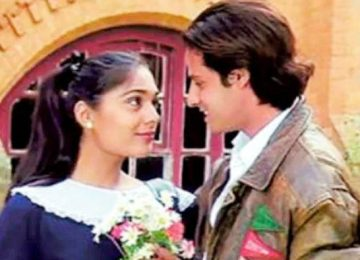 superhit film 'Aashiqui' after 30 years.