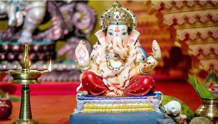 auspicious time to install Ganpati idol in the house