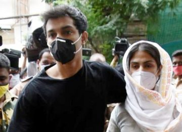 CBI is questioning Riya Chakraborty