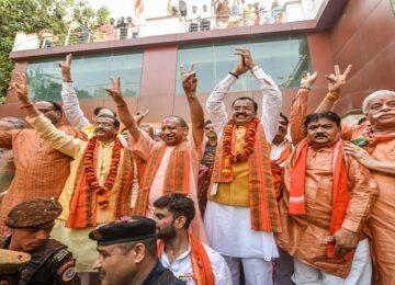 Keshav-Prasad-Maurya-and-Dinesh-Sharma