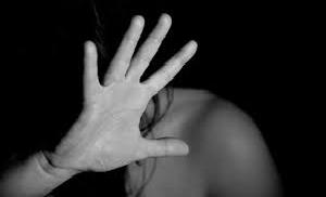 किशोरी के साथ हुआ सामूहिक बलात्कार