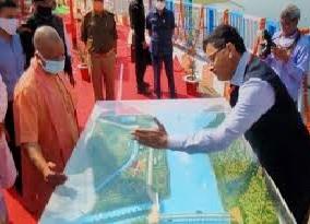सीएम ने किया अर्जुन सहायक परियोजना का निरीक्षण