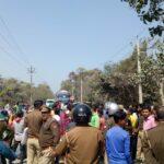 विधुत विभाग पर लापरवाही का आरोप लगाकर -आक्रोशित लोगों ने किया रोड़ जाम