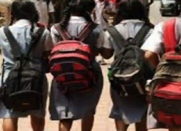 three school girls missing