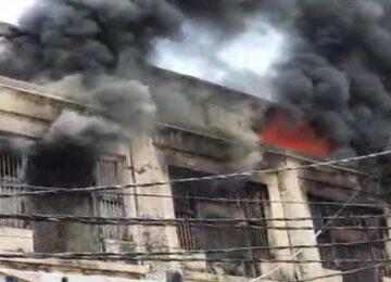 fierce fire in plastic warehouse in bulandshahar