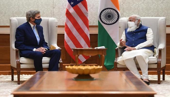 PM Modi meets John Kerry