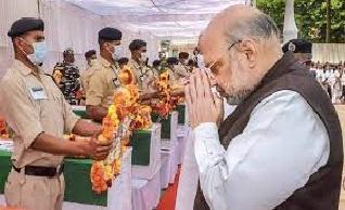 गृहमंत्री ने जगदलपुर में लिया हालात का जायजा