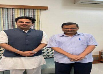 faisal Patel meets kejariwal