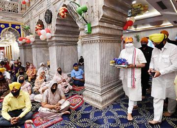 PM Modi Visited Gurudwara